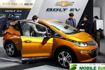 국내 최장 주행 전기차, 쉐보레 '볼트EV' 계약