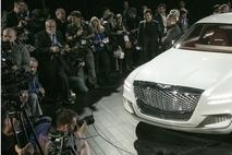 제네시스 첫 SUV 'GV80' 이달말 출시…수입차 업계 '긴장'